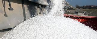 You are currently viewing Die Preise für Stickstoffdünger steigen auf immer neue Rekordhochs